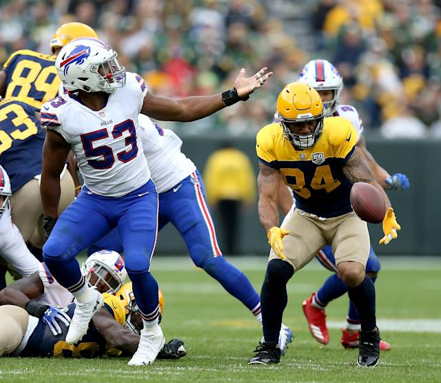 <p>Lance Kendricks #84 of the Green Bay Packers recovers a fumble during the fourth quarter of a game against the Buffalo Bills at Lambeau Field on September 30, 2018 in Green Bay, Wisconsin. (Photo by Dylan Buell/Getty Images) </p>