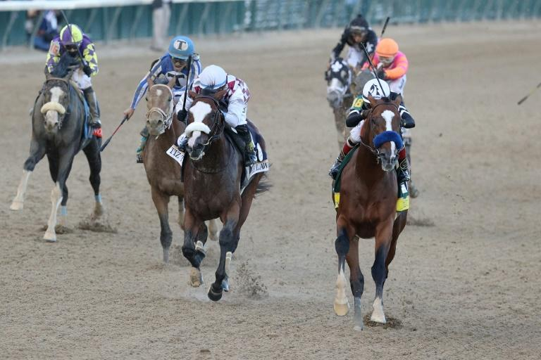 Authentic holds off Tiz the Law to win 146th Kentucky Derby