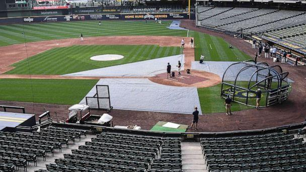 PHOTO: The Milwaukee Brewers took batting practice after their game against the St. Louis Cardinals was cancelled due to the pandemic at Miller Park, July 31, 2020, in Milwaukee. (Benny Sieu/USA TODAY Sports via Reuters)