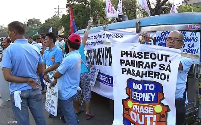 Jeepney protesters against the phaseout
