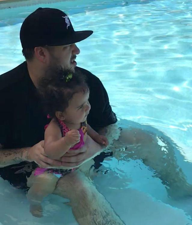 "<p>Baby's first Fourth! Rob Kardashian hung out in the pool with his little girl, Dream. The reality star captioned the photo, ""Happy 4th‼"" (Photo: Rob Kardashian <a href=""https://www.instagram.com/p/BWI0yR9hu9P/?taken-by=robkardashian"" rel=""nofollow noopener"" target=""_blank"" data-ylk=""slk:via Instagram"" class=""link rapid-noclick-resp"">via Instagram</a>)<br><br></p>"