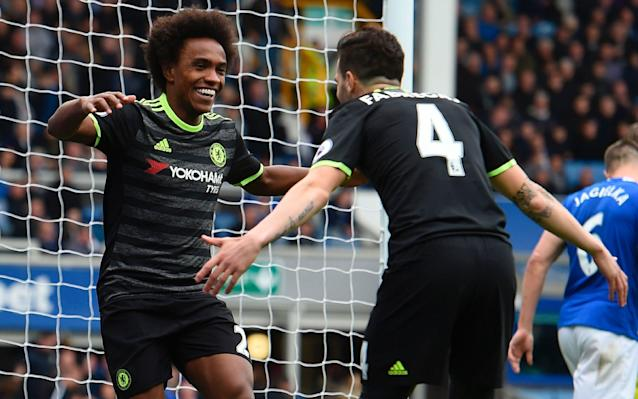 <span>Chelsea's substitutes Cesc Fabreags and Willian celebrate at Goodison Park</span> <span>Credit: AFP </span>