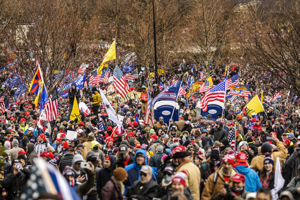 Protestors march towards the U.S. Capitol in Washington on Jan. 6, 2021. (Jason Andrew/The New York Times)