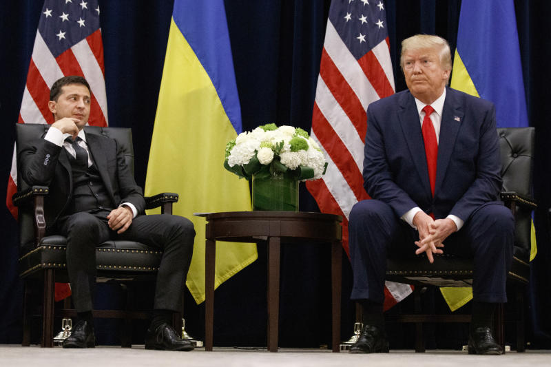 Donald Trump with Volodymyr Zelensky, left