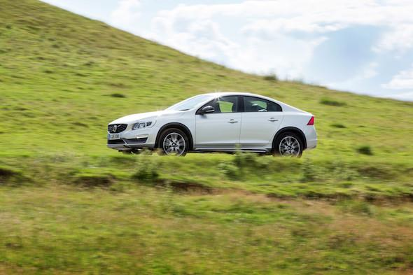 We try out the new Volvo S60 Cross Country