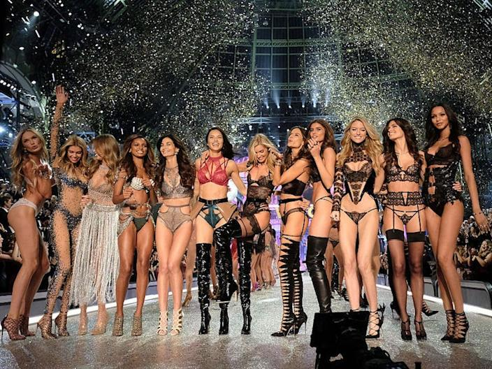 "A shot from the Victoria's Secret annual fashion show. <p class=""copyright""><a href=""http://www.gettyimages.com/license/626982582"" rel=""nofollow noopener"" target=""_blank"" data-ylk=""slk:Dimitrios Kambouris/Getty Images"" class=""link rapid-noclick-resp"">Dimitrios Kambouris/Getty Images</a></p>"