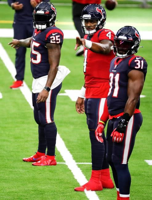 Watson agrees to 4-year, $160 million extension with Texans