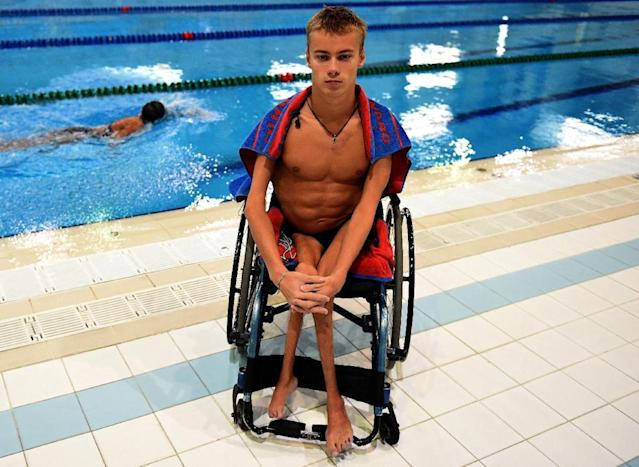 Swimmer Alexander Makarov, a member of Russia's Paralympic national team (AFP Photo/VASILY MAXIMOV)