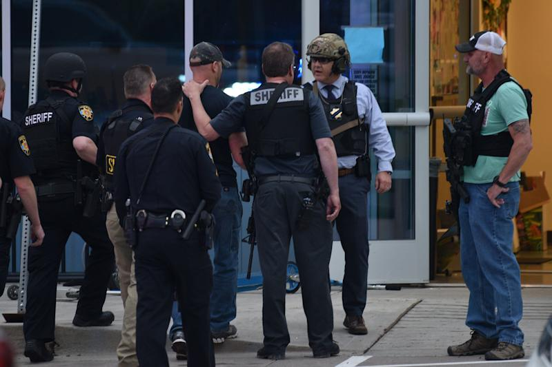 HIGHLANDS RANCH, COLORADO - MAY 07: Officers investigate the scene of a shooting in which at least seven students were injured at the STEM School Highlands Ranch on May 7, 2019 in Highlands Ranch, Colorado. (Photo by Tom Cooper/Getty Images)