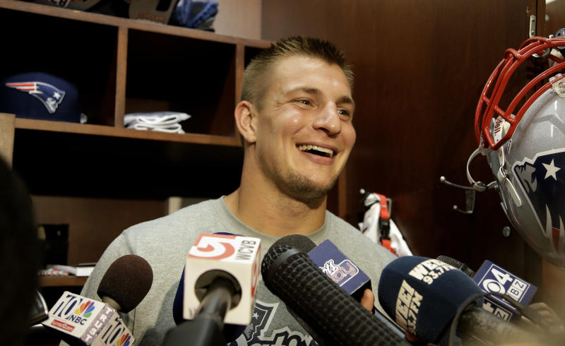 Belichick says he'll make call on Gronk return