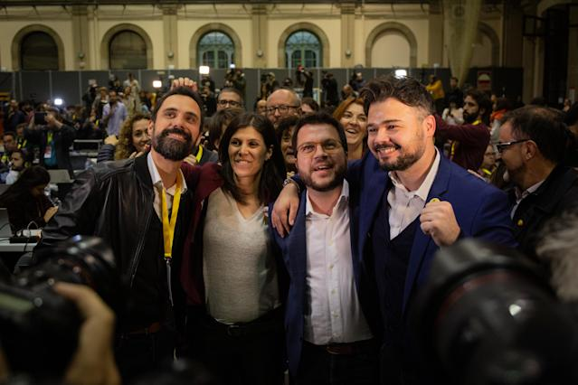 El cuadro dirigente de ERC celebra los resultados obtenidos el 10-N. (Photo by David Zorrakino/Europa Press via Getty Images)