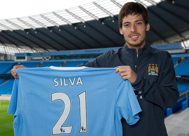 Manchester City unveil their new signing David Silva in 2010 (Photo by Jon Buckle/Manchester City FC via Getty Images)