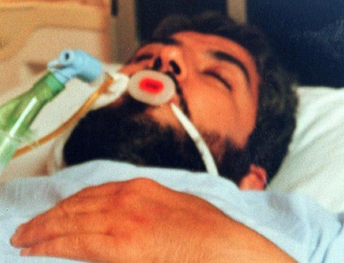 Hamas leader Khaled Meshaal fell into a coma in 1997 after Israeli secret agents tried to assassinate him using a hi-tech poison (AFP Photo/)