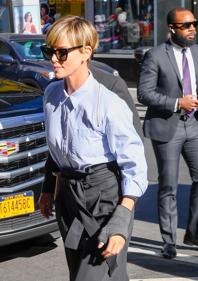 Charlize Theron's New Haircut Is Autumnal Inspiration