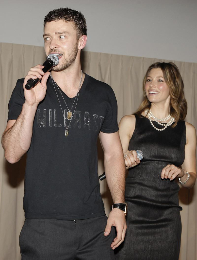 (EXCLUSIVE, Premium Rates Apply) HOLLYWOOD - DECEMBER 10: ***EXCLUSIVE*** Justin Timberlake and Jessica Biel during Jessica Biel & Make The Difference Network Partner with Auction Cause to Benefit Childrens Hospital Los Angeles at Social Hollywood in Hollywood, CA on December 10, 2008. (Photo by Chris Polk/FilmMagic)