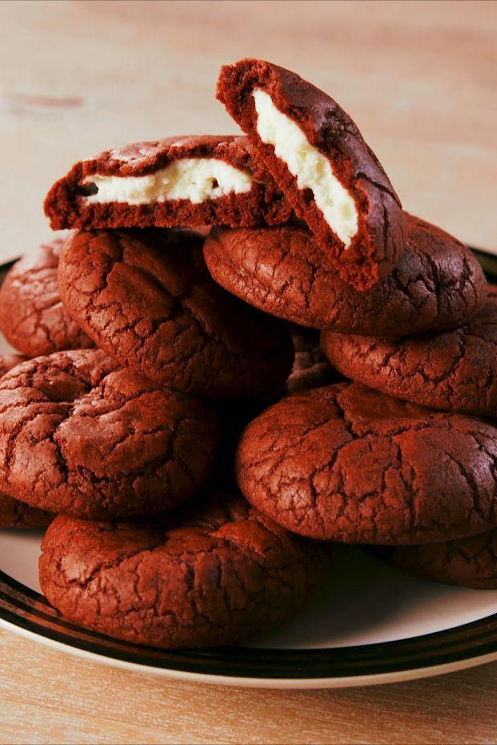 """<p>Red velvet perfection.</p><p>Get the recipe from <a href=""""https://www.delish.com/cooking/recipe-ideas/a19633262/inside-out-red-velvet-cookies-recipe/"""" rel=""""nofollow noopener"""" target=""""_blank"""" data-ylk=""""slk:Delish"""" class=""""link rapid-noclick-resp"""">Delish</a>. </p>"""