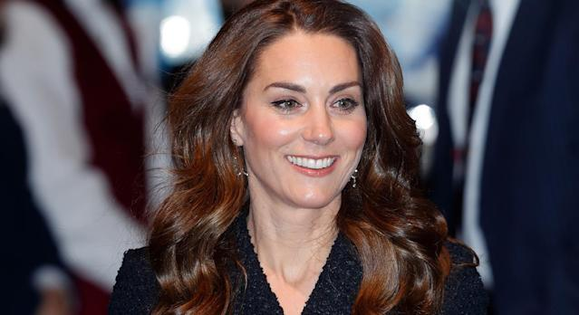 The Duchess of Cambridge accessorised her outfit in the glitziest way at the Dear Evan Hansen theatre show. (Getty)