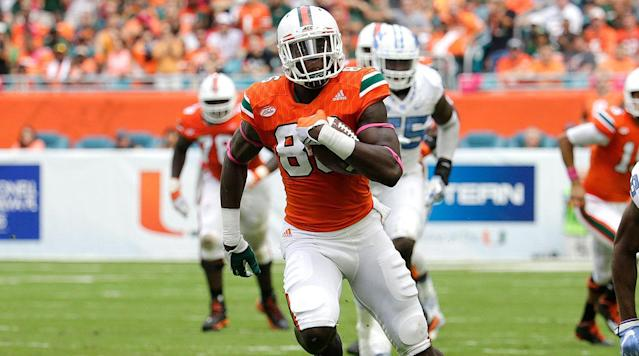 After redshirting for his first season in Miami, 2014, Njoku averaged 17.2 yards per reception during the 2015 campaign-highest among all ACC tight ends with at least 20 catches.