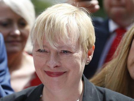 Angela Eagle pulls out of Labour leadership race