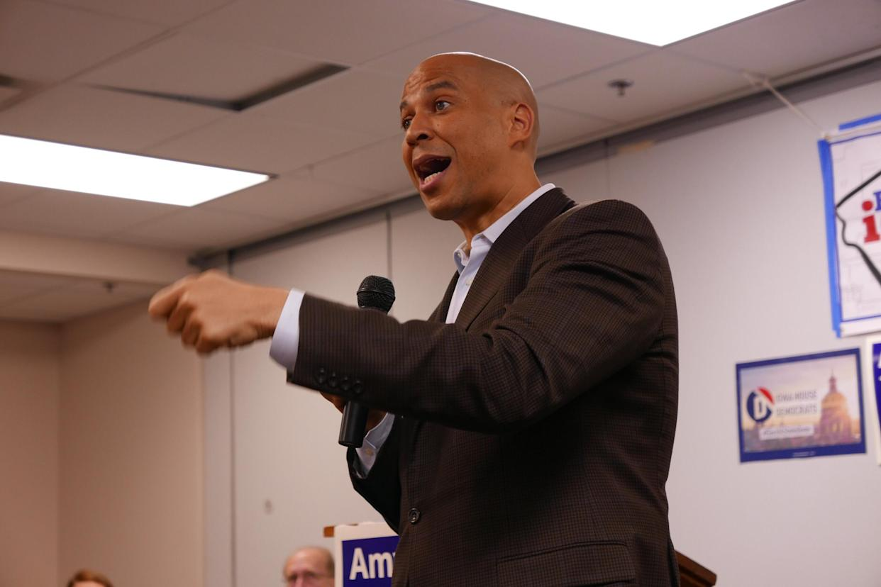 Cory Booker at a campaign rally in North Liberty, Iowa, on Oct. 8. (Photo: Hunter Walker/Yahoo News)