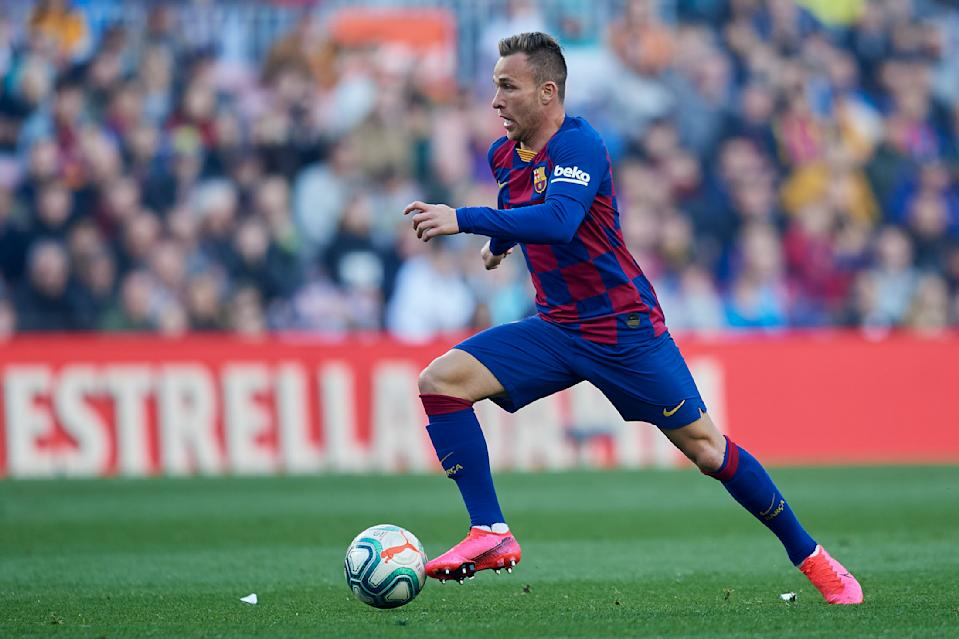 Arthur Melo of Barcelona controls the ball during the Liga match between FC Barcelona and SD Eibar SAD at Camp Nou on February 22, 2020 in Barcelona, Spain. (Photo by Jose Breton/Pics Action/NurPhoto via Getty Images)