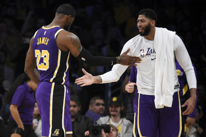 The LeBron James-Anthony Davis dynamic started to take shape in Sunday's win over the Charlotte Hornets. (Kelvin Kuo/Reuters)
