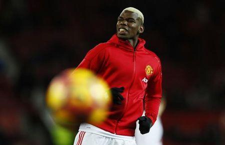 Manchester United's Paul Pogba during the warm up before the match