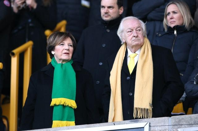 Delia Smith and Michael Wynn-Jones
