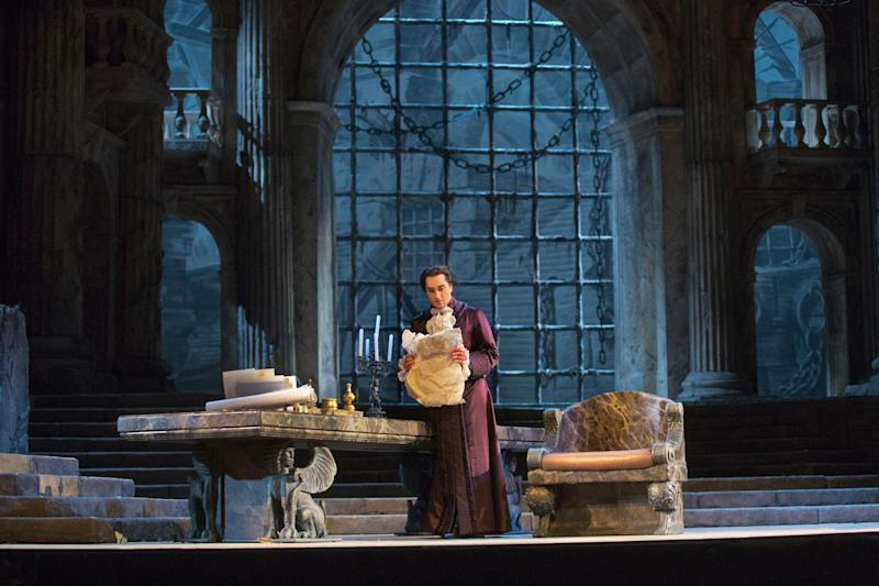 """This Nov. 13, 2012 photo provided by the Metropolitan Opera shows Giuseppe Filianoti in the title role of a dress rehearsal of Mozart's """"La Clemenza di Tito,"""" at the Metropolitan Opera in New York. (AP Photo/Metropolitan Opera, Ken Howard)"""