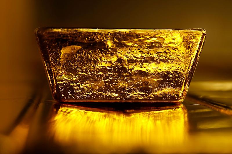 """(Bloomberg) -- Gold's rally shows no signs of abating, with prices climbing afresh to a six-year high as cash keeps pouring into exchange-traded funds.New U.S. sanctions on Iran added to uncertainty in global markets, bolstering gold's appeal as a haven. Investors are also looking to the G-20 summit this weekend, where presidents Donald Trump and Xi Jinping are scheduled to meet to discuss U.S.-China trade.Bullion's been on a tear this month as the dollar weakened after the Fed opened the door to a U.S. interest rate cut and other central banks also pivoted to a more dovish stance. Investors are taking note -- boosting net long positions in U.S. gold futures and options. ETFs have been on the rise, with the largest fund in the commodity space seeing record inflows at last week's end. And buyers of gold jewelry, from Tiffanys to Rolexes, are joining the ranks of those benefiting from the rally.""""The combination of dovish central banks, continued trade tensions, falling yields, geopolitical tensions and central-bank buying poses further upside risk to prices,"""" Suki Cooper, precious metals analyst at Standard Chartered Bank in New York, said in a report Tuesday. She expects retail investors """"could drive another leg higher.""""In addition to the Fed's stance on interest rates, the latest worsening of U.S.-Iran relations furthered the sharp rally in gold this week, """"with the easier way out -- diplomacy -- now off the table, according to Iranian officials,"""" said Jingyi Pan, strategist at IG Asia Pte in Singapore. """"The rise in gold prices into Tuesday had likely been a knee-jerk as the market ponders what could come next in this conflict.""""However, """"the elephant in the room remains the U.S.-China trade talks and any deterioration into next week should shift us toward the resistance at $1,480,"""" Pan said. """"This may not be a one-way street either given the overbought situation, but amid the uncertainties, the market may be keen to buy any dips.""""Chinese officials this week said bot"""