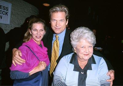 """Premiere: <a href=""""/movie/contributor/1800011634"""">Jeff Bridges</a> with his wife and mother at the Mann National Theater premiere of Dreamworks' <a href=""""/movie/1800421220/info"""">The Contender</a> - 10/5/2000<br><font size=""""-1"""">Photo by <a href=""""http://www.wireimage.com"""">Steve Granitz/wireimage.com</a></font>"""