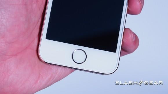 iPhone 5s Touch ID prompts US Senator security concerns