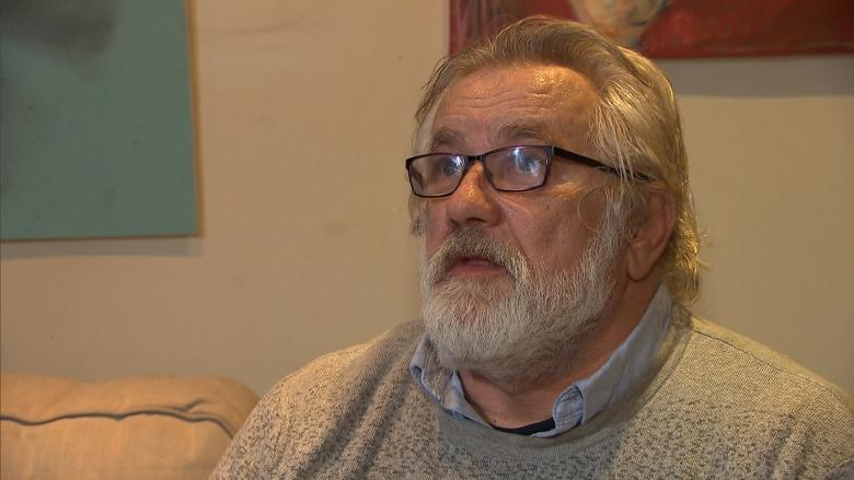 Patient claims he was denied treatment at CHUM hospital for not speaking French