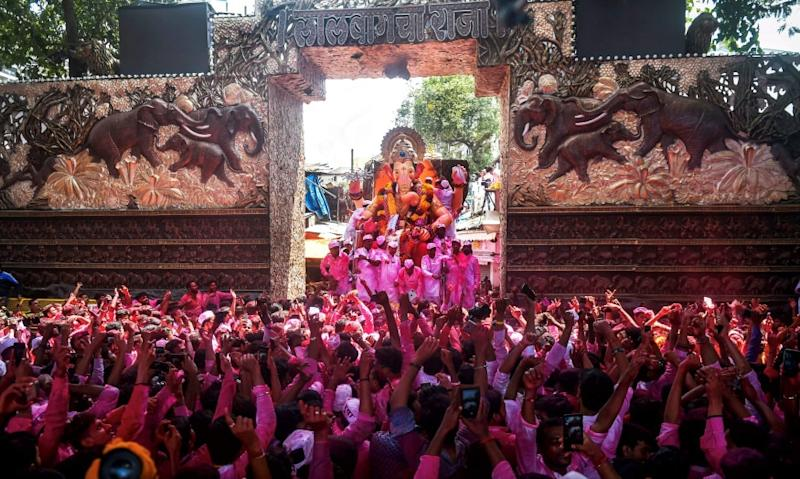 This will be in adherence to an appeal by Chief Minister Uddhav Thackeray to celebrate Ganeshotsav 2020 with more devotion and less pomp in the wake of the ongoing COVID-19 pandemic. (Image: PTI)