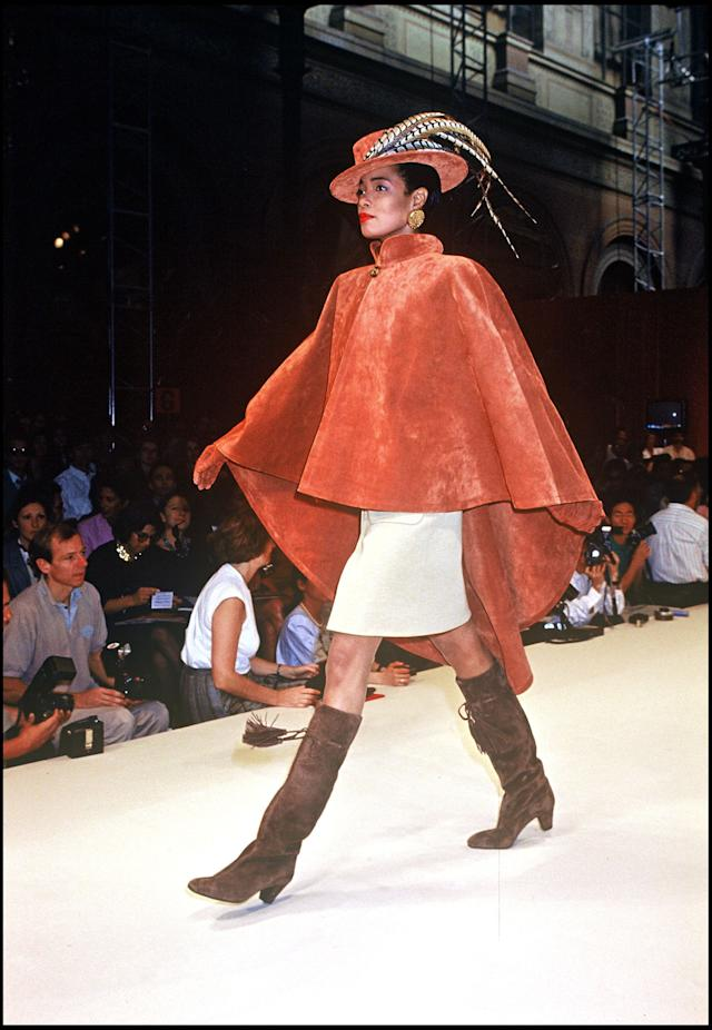 A model walks the runway during the Givenchy fall/winter 1991-1992 couture fashion showin Paris.