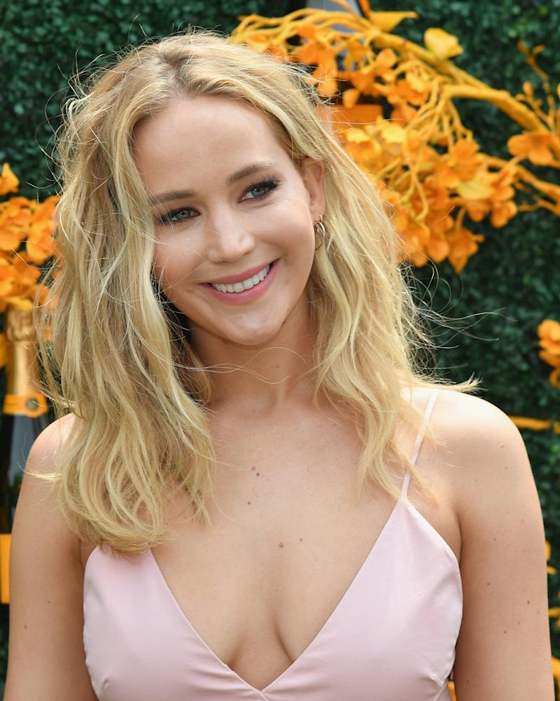This Is What's on Jennifer Lawrence's Wedding Registry