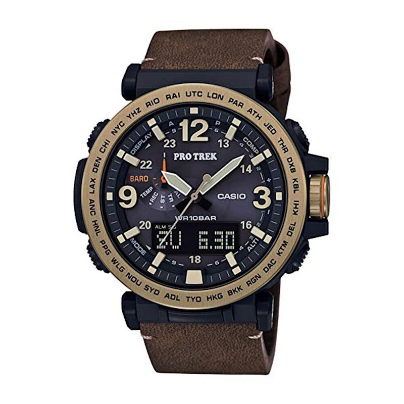 Casio Men's PRO Trek Quartz Watch with Leather Calfskin Strap