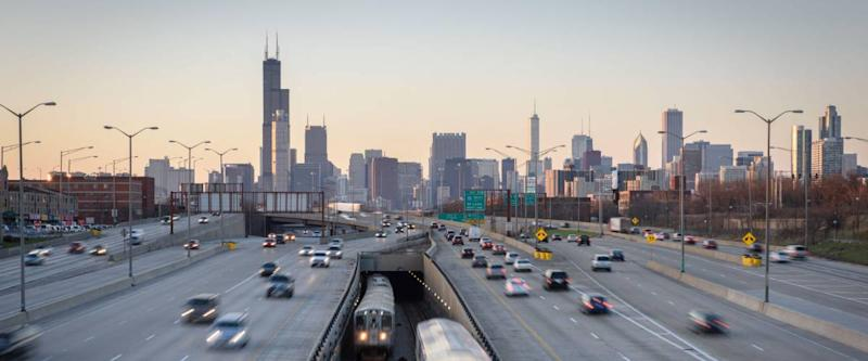 Chicago, Illinois - April 11, 2015: Traffic along the Dan Ryan Expressway races in and out of Chicago, Illinois. (2402)
