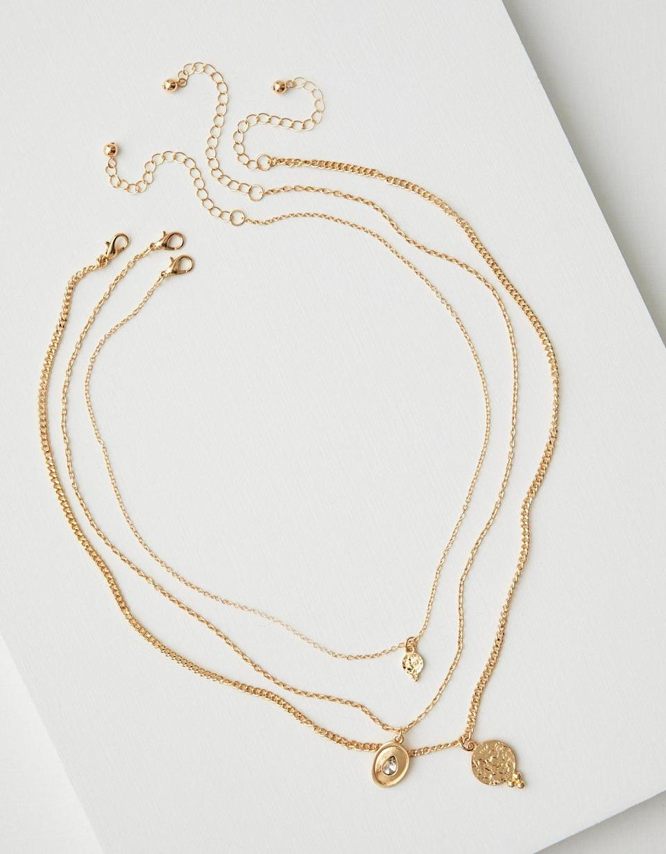 AEO Layered Coin Necklace. (Photo: AE)