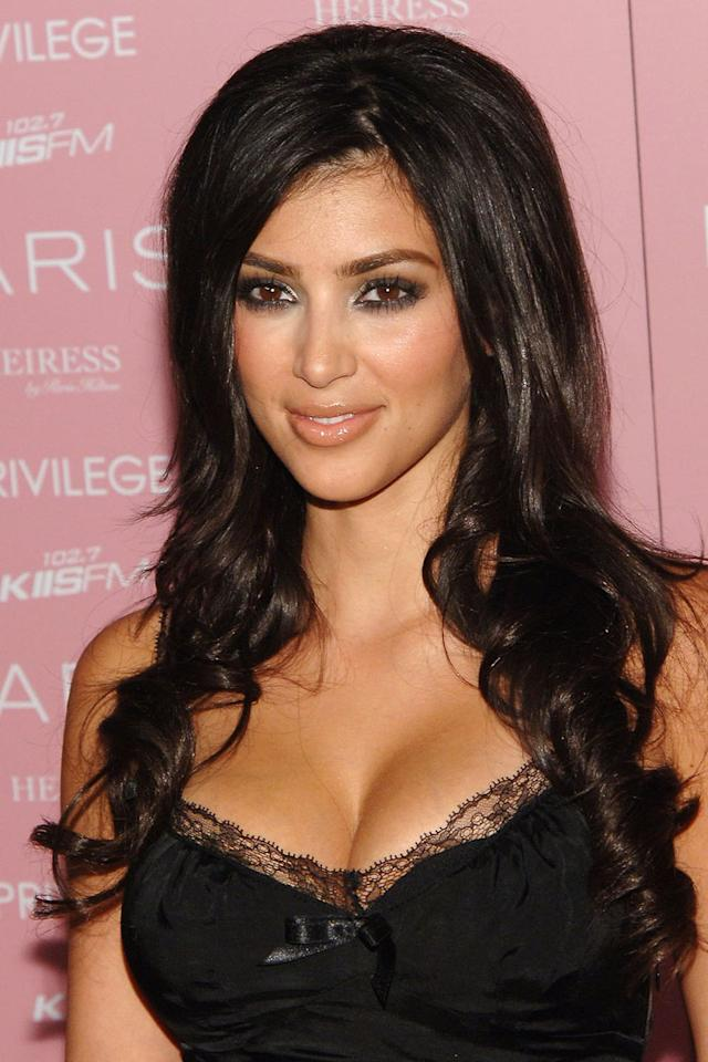 <p>A voluminous blow-out and smoky eyes. </p>