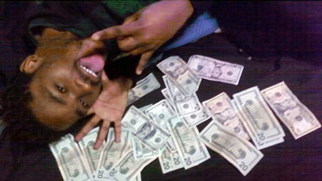 Facebook Money Pics Bust Dad for Allegedly Dodging Child Support