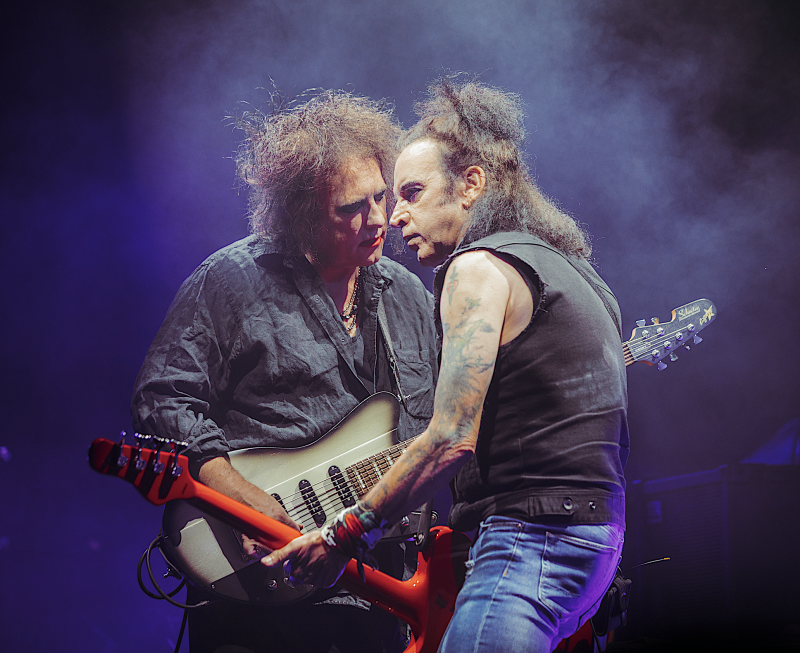 The Cure's Robert Smith and Simon Gallup onstage at the Pasadena Daydream festival. (Photo: Courtesy of Pasadena Daydream & Goldenvoice)