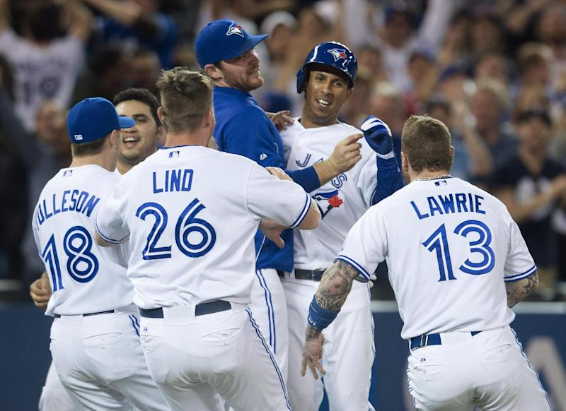 Blue Jays win 9th straight, beat Rays 3-2
