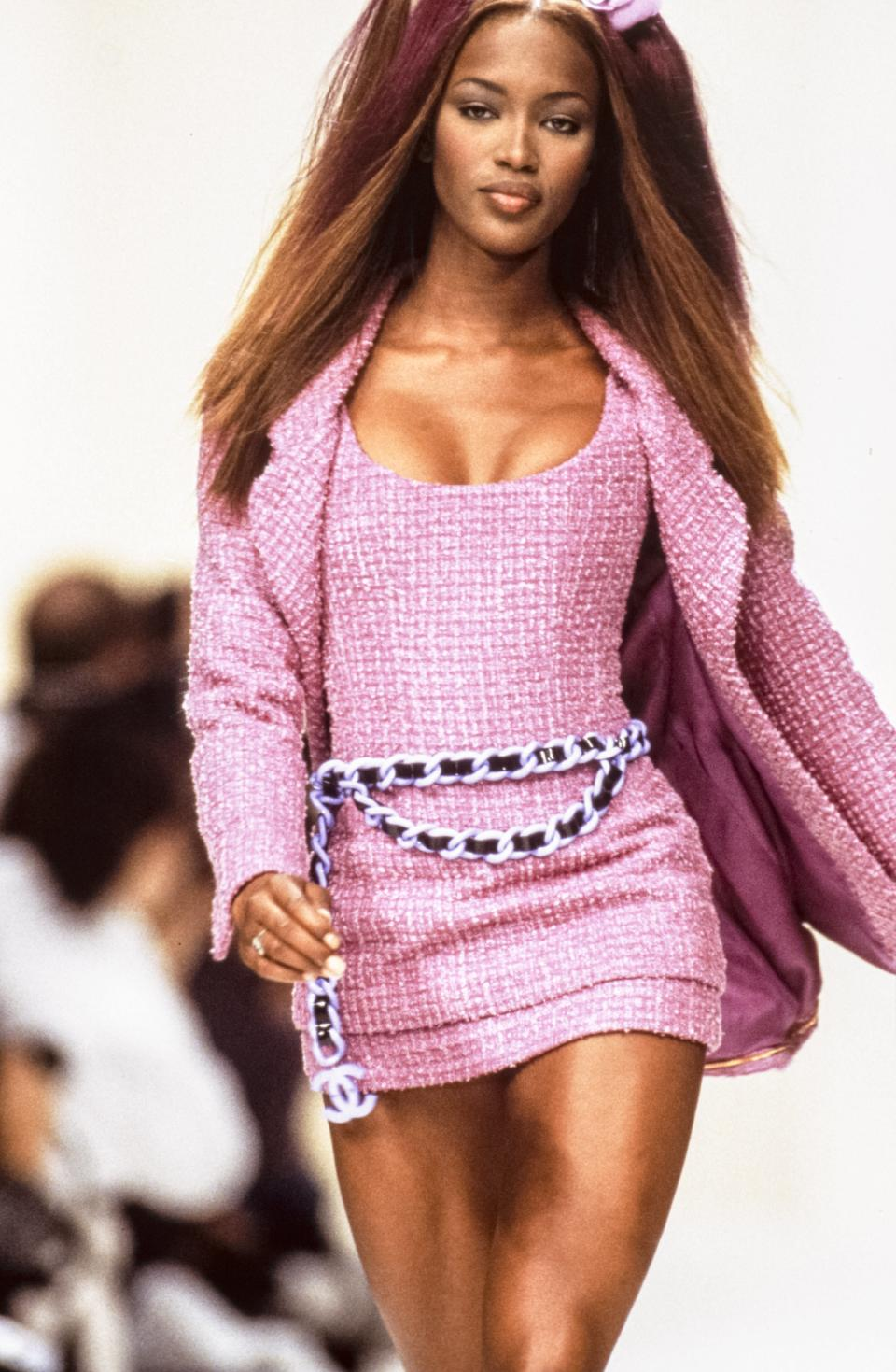 <p>The pink suit! The belt! The '90s! </p>