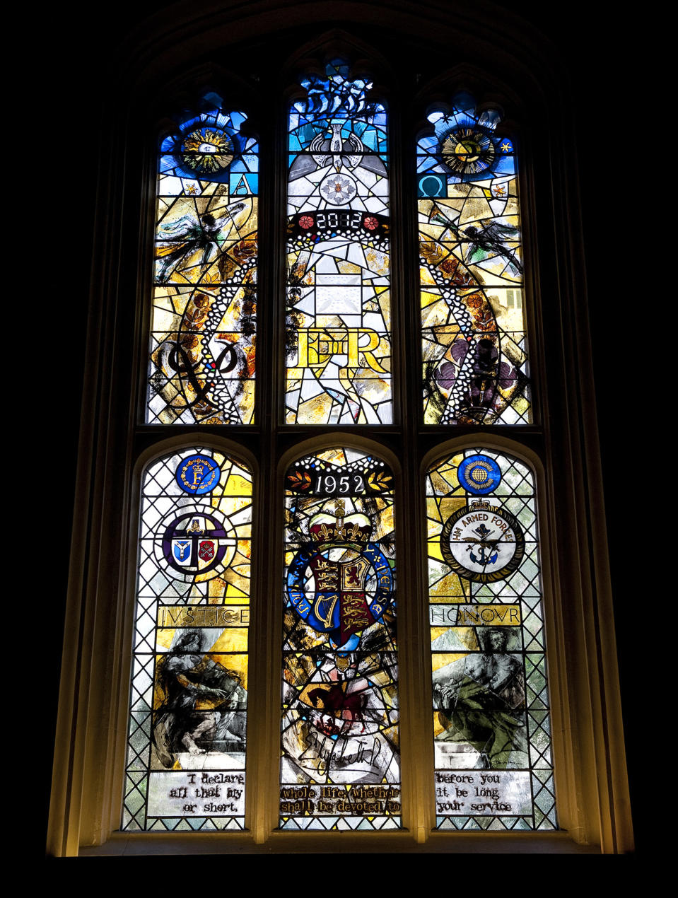 The Diamond Jubilee stained glass window is seen in the Queen's Chapel of the Savoy Hotel after it was unveiled by Britain's Queen Elizabeth in London November 1, 2012.  REUTERS/Eddie Mulholland/Pool    (BRITAIN - Tags: ENTERTAINMENT ROYALS TRAVEL)