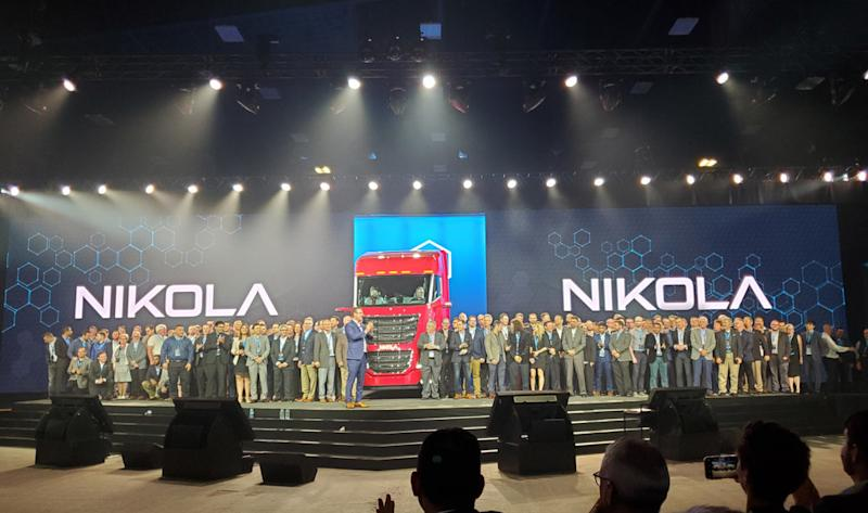 Nilkola Motor Company employees gather on stage during Nikola World 2019 in Scottsdale, Arizona, on April 16, 2019, ( Photo: Brian Straight/FreightWaves )