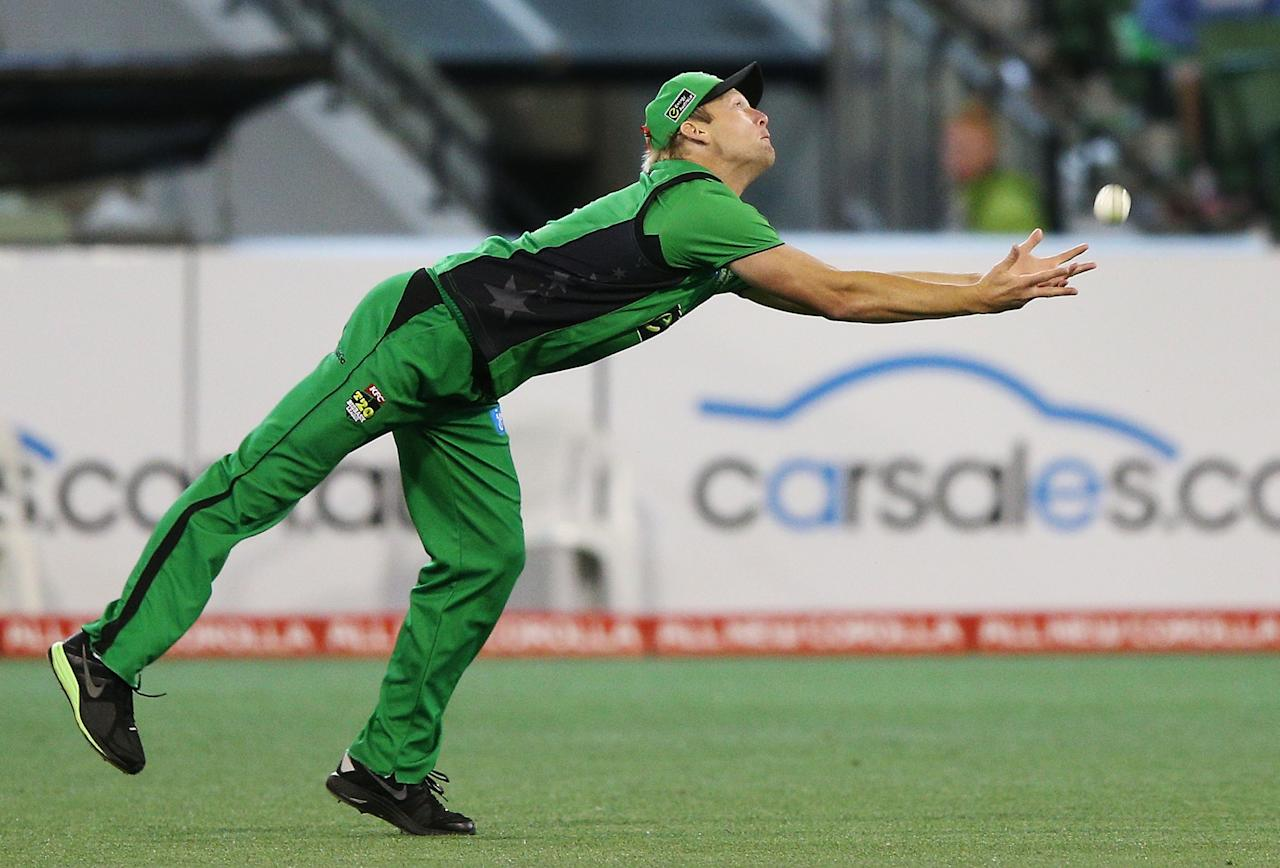 MELBOURNE, AUSTRALIA - JANUARY 08:  Cameron White of the Melbourne Stars drops a catch during the Big Bash League match between the Melbourne Stars and the Sydney Thunder at Melbourne Cricket Ground on January 8, 2013 in Melbourne, Australia.  (Photo by Michael Dodge/Getty Images)