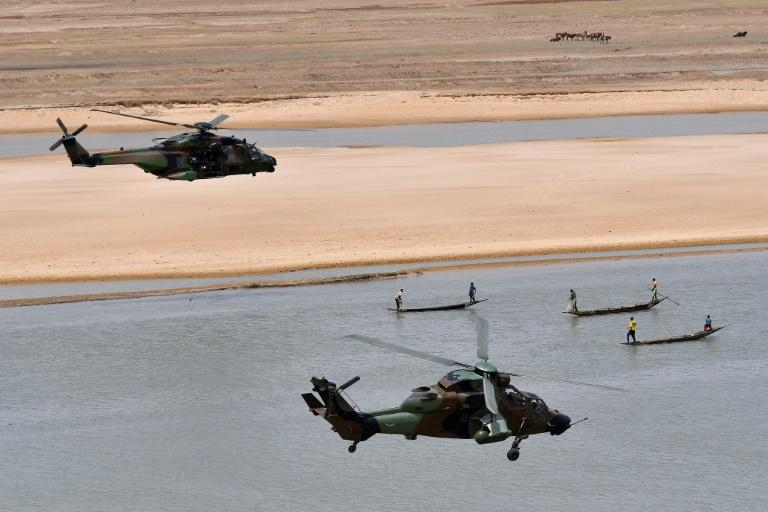 French troops are working with local forces in the Sahel to fight Islamist militants (AFP Photo/CHRISTOPHE PETIT TESSON)