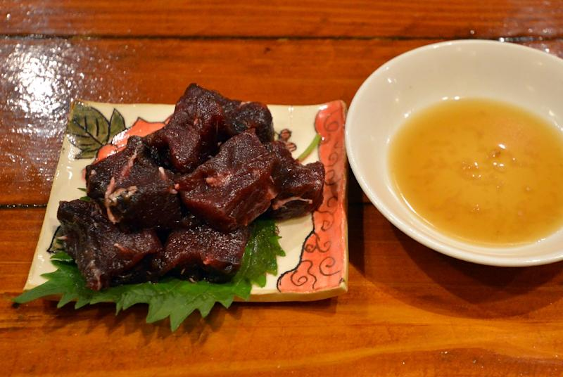 A dish of whale meat sashimi at a restaurant in Tokyo for the Ebisu whale meat festival in October 2015 (AFP Photo/Yoshikazu Tsuno)