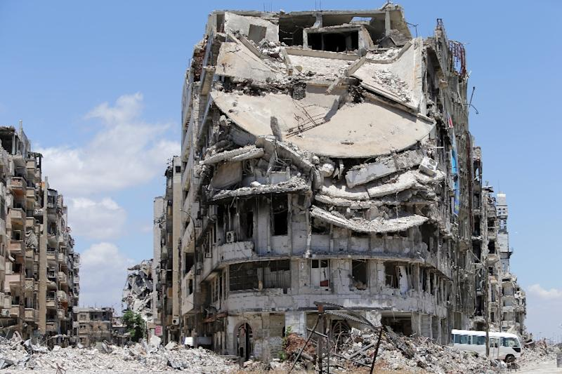 Destroyed buildings are seen in Homs, Syria (AFP Photo/Joseph Eid)
